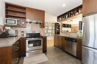 Photo 7: 6805 YEOVIL Place in Burnaby: Montecito House for sale (Burnaby North)  : MLS®# R2207708