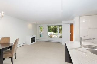 Photo 7: 167 W 2nd Street in North Vancouver: Lower Lonsdale Townhouse for sale : MLS®# R2214867