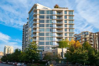 Photo 38: 167 W 2nd Street in North Vancouver: Lower Lonsdale Townhouse for sale : MLS®# R2214867