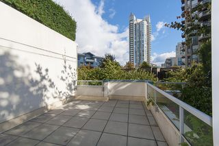 Photo 33: 167 W 2nd Street in North Vancouver: Lower Lonsdale Townhouse for sale : MLS®# R2214867