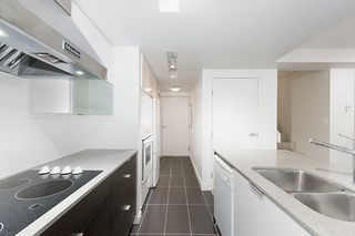 Photo 19: 167 W 2nd Street in North Vancouver: Lower Lonsdale Townhouse for sale : MLS®# R2214867