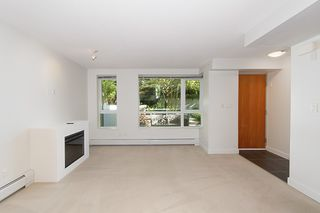 Photo 11: 167 W 2nd Street in North Vancouver: Lower Lonsdale Townhouse for sale : MLS®# R2214867