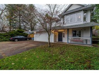 Photo 2: 3140 IMMEL Street in Abbotsford: Abbotsford East House for sale : MLS®# R2221845