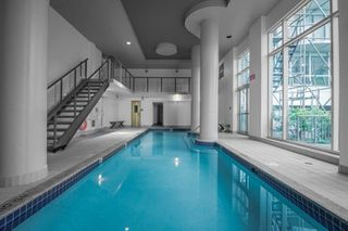 "Photo 12: 2001 1500 HORNBY Street in Vancouver: Yaletown Condo for sale in ""888 Beach"" (Vancouver West)  : MLS®# R2225315"