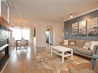 Photo 3: 206 649 Bay Street in VICTORIA: Vi Downtown Condo Apartment for sale (Victoria)  : MLS®# 386177
