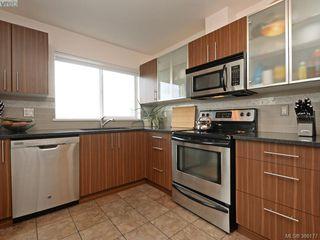 Photo 9: 206 649 Bay Street in VICTORIA: Vi Downtown Condo Apartment for sale (Victoria)  : MLS®# 386177
