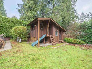 "Photo 17: 8130 CEDARWOOD Road in Halfmoon Bay: Halfmn Bay Secret Cv Redroofs House for sale in ""WELCOME WOODS"" (Sunshine Coast)  : MLS®# R2228689"