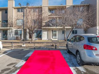 Photo 16: 16 2519 38 Street NE in Calgary: Rundle House for sale : MLS®# C4149864