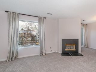 Photo 2: 16 2519 38 Street NE in Calgary: Rundle House for sale : MLS®# C4149864