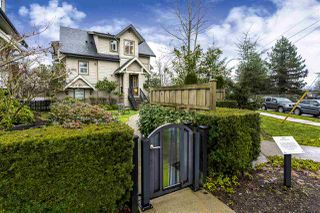 """Photo 2: 768 ORWELL Street in North Vancouver: Lynnmour Townhouse for sale in """"WEDGEWOOD BY POLYGON"""" : MLS®# R2232021"""