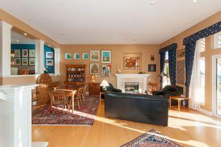 Photo 3: 4939 Edendale Court in West Vancouver: Caulfeild House for sale (West Vanouver)  : MLS®# R2231888