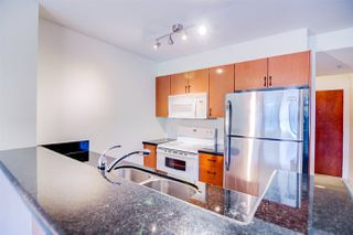 "Photo 4: 710 2763 CHANDLERY Place in Vancouver: Fraserview VE Condo for sale in ""RIVERDANCE"" (Vancouver East)  : MLS®# R2243986"
