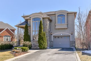 Photo 1: 72 Commando Court in Hamilton: Waterdown House (2-Storey) for sale : MLS®# X4078170