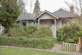 Photo 3: 3829 W 18TH Avenue in Vancouver: Dunbar House for sale (Vancouver West)  : MLS®# R2258075