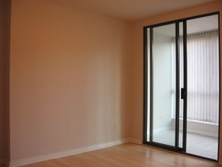 "Photo 4: 801 1189 HOWE Street in Vancouver: Downtown VW Condo for sale in ""The Genesis"" (Vancouver West)  : MLS®# R2259578"