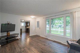 Photo 2: 544 Regent Avenue East in Winnipeg: East Transcona Residential for sale (3M)  : MLS®# 1813778