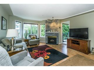 "Photo 5: 307 20453 53 Avenue in Langley: Langley City Condo for sale in ""Countryside Estates"" : MLS®# R2275988"