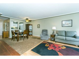"Photo 7: 307 20453 53 Avenue in Langley: Langley City Condo for sale in ""Countryside Estates"" : MLS®# R2275988"