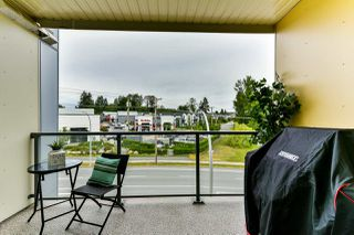 """Photo 14: 411 19228 64 Avenue in Surrey: Clayton Condo for sale in """"FOCAL POINT"""" (Cloverdale)  : MLS®# R2279932"""
