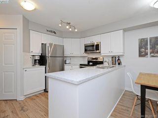 Photo 7: 107 2560 Wark St in VICTORIA: Vi Hillside Condo for sale (Victoria)  : MLS®# 792702