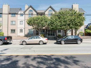 "Main Photo: 301 15035 THRIFT Avenue: White Rock Condo for sale in ""Grosvenor Court"" (South Surrey White Rock)  : MLS®# R2300771"