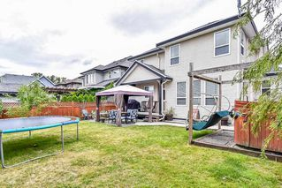 """Photo 3: 6341 167A Street in Surrey: Cloverdale BC House for sale in """"CLOVER RIDGE"""" (Cloverdale)  : MLS®# R2306022"""