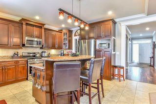 """Photo 6: 6341 167A Street in Surrey: Cloverdale BC House for sale in """"CLOVER RIDGE"""" (Cloverdale)  : MLS®# R2306022"""