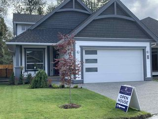 "Main Photo: 15 6211 CHILLIWACK RIVER Road in Sardis: Sardis East Vedder Rd House for sale in ""MALLOW VILLAGE"" : MLS®# R2312637"
