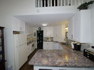 """Photo 9: 3 3292 VERNON Terrace in Abbotsford: Abbotsford East Townhouse for sale in """"Crown Point Villas"""" : MLS®# R2320790"""