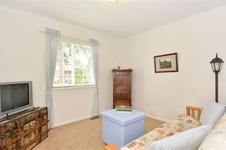 "Photo 10: 12313 22 Avenue in Surrey: Crescent Bch Ocean Pk. House for sale in ""Ocean Park"" (South Surrey White Rock)  : MLS®# R2322310"