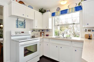 "Photo 5: 12313 22 Avenue in Surrey: Crescent Bch Ocean Pk. House for sale in ""Ocean Park"" (South Surrey White Rock)  : MLS®# R2322310"