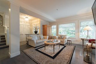 Photo 3: 1 1935 W 14TH Avenue in Vancouver: Kitsilano House 1/2 Duplex for sale (Vancouver West)  : MLS®# R2322780