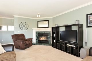 "Photo 4: 16953 58A Avenue in Surrey: Cloverdale BC House for sale in ""JERSEY HILLS ESTATES"" (Cloverdale)  : MLS®# R2326245"
