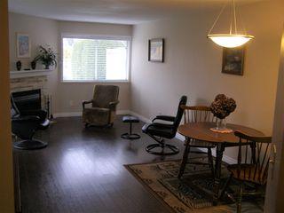 """Photo 4: 126 7610 EVANS Road in Chilliwack: Sardis West Vedder Rd House 1/2 Duplex for sale in """"COTTONWOOD REITREMENT VILLAGE"""" (Sardis)  : MLS®# R2330361"""