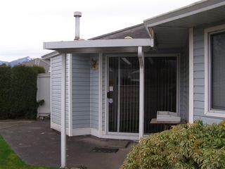 """Photo 14: 126 7610 EVANS Road in Chilliwack: Sardis West Vedder Rd House 1/2 Duplex for sale in """"COTTONWOOD REITREMENT VILLAGE"""" (Sardis)  : MLS®# R2330361"""
