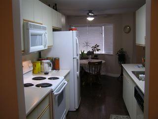 """Photo 7: 126 7610 EVANS Road in Chilliwack: Sardis West Vedder Rd House 1/2 Duplex for sale in """"COTTONWOOD REITREMENT VILLAGE"""" (Sardis)  : MLS®# R2330361"""