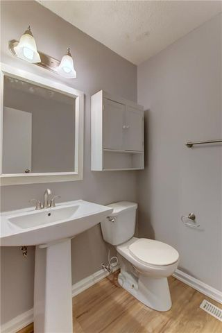 Photo 27: 104 2720 RUNDLESON Road NE in Calgary: Rundle Row/Townhouse for sale : MLS®# C4221687