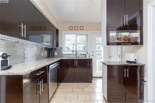 Photo 2: 3354 Vision Way in VICTORIA: La Happy Valley House for sale (Langford)  : MLS®# 804311