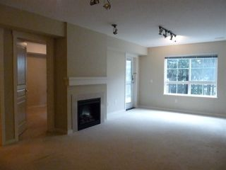 """Photo 8: 42 2978 WHISPER Way in Coquitlam: Westwood Plateau Townhouse for sale in """"WHISPER RIDGE"""" : MLS®# R2344484"""