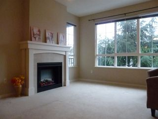 """Photo 2: 42 2978 WHISPER Way in Coquitlam: Westwood Plateau Townhouse for sale in """"WHISPER RIDGE"""" : MLS®# R2344484"""