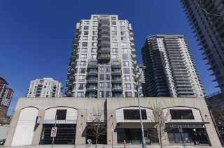 "Photo 13: 308 55 TENTH Street in New Westminster: Downtown NW Condo for sale in ""Westminster Towers"" : MLS®# R2353028"