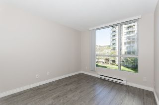"Photo 9: 308 55 TENTH Street in New Westminster: Downtown NW Condo for sale in ""Westminster Towers"" : MLS®# R2353028"
