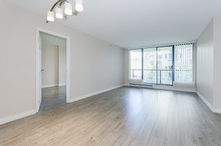 "Photo 4: 308 55 TENTH Street in New Westminster: Downtown NW Condo for sale in ""Westminster Towers"" : MLS®# R2353028"
