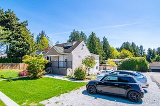 Photo 2: 4722 RUMBLE Street in Burnaby: South Slope House for sale (Burnaby South)  : MLS®# R2356729