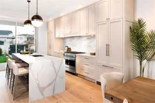 Photo 5: 15 HOWARD Avenue in Burnaby: Capitol Hill BN House for sale (Burnaby North)  : MLS®# R2357181