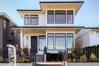 Photo 2: 15 HOWARD Avenue in Burnaby: Capitol Hill BN House for sale (Burnaby North)  : MLS®# R2357181