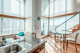 "Photo 3: 429 10 RENAISSANCE Square in New Westminster: Quay Condo for sale in ""Murano Lofts by Aragon"" : MLS®# R2357419"