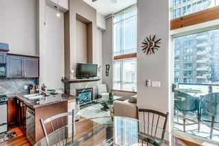 "Photo 7: 429 10 RENAISSANCE Square in New Westminster: Quay Condo for sale in ""Murano Lofts by Aragon"" : MLS®# R2357419"