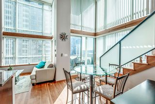 "Photo 2: 429 10 RENAISSANCE Square in New Westminster: Quay Condo for sale in ""Murano Lofts by Aragon"" : MLS®# R2357419"