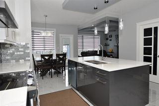 Photo 5: 10503 106 Avenue: Morinville House for sale : MLS®# E4152115